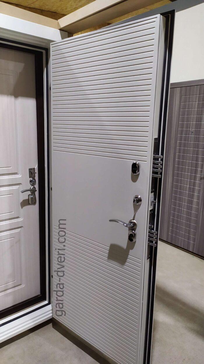 Гарда Изотера белая панель внутренняя