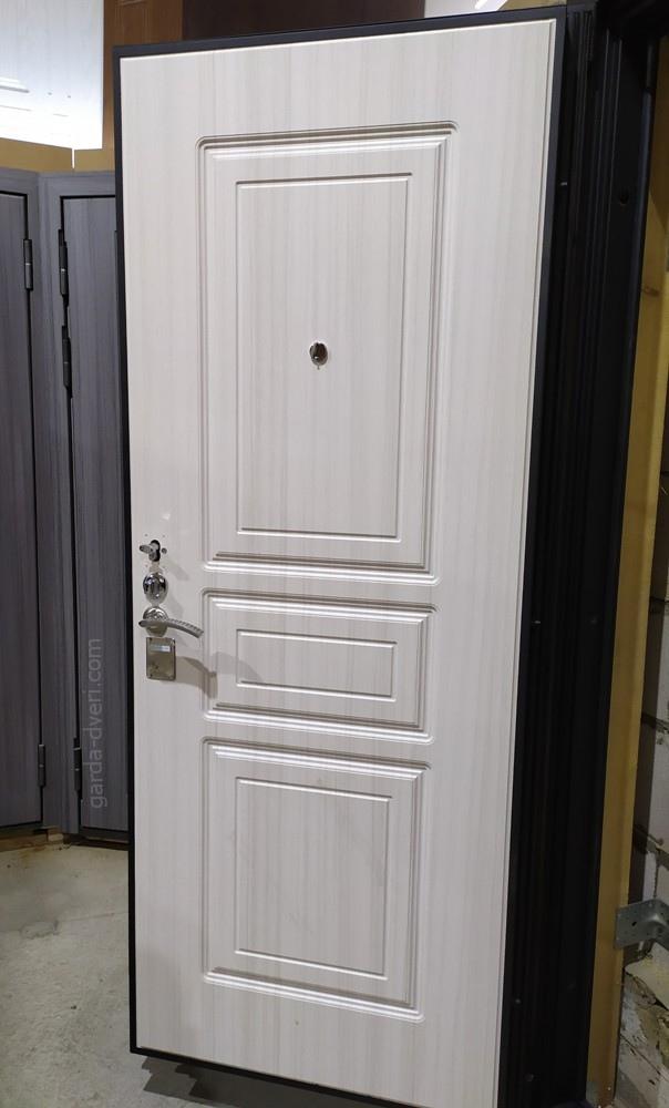 дверь Гарда S4 внутреняя панель Белый дуб