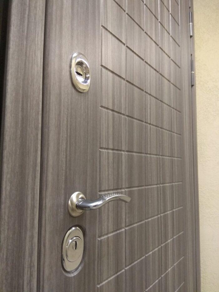 Двери Гарда S7 замковая часть снаружи