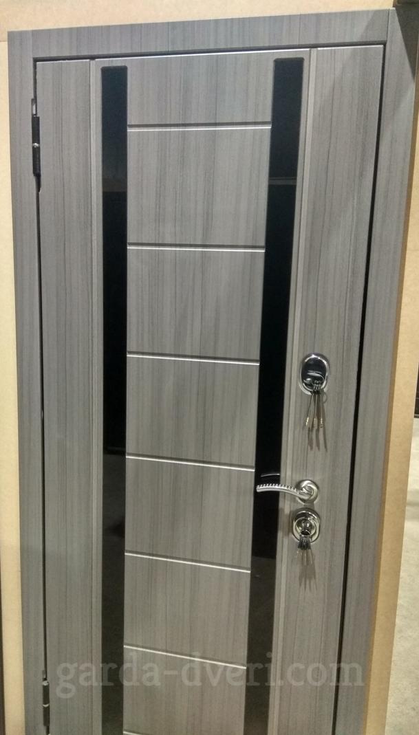 Двери Гарда S14 внешняя панель