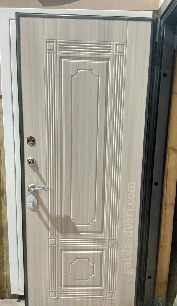 Двери Гарда S10 внутренняя панель в сером исполнении