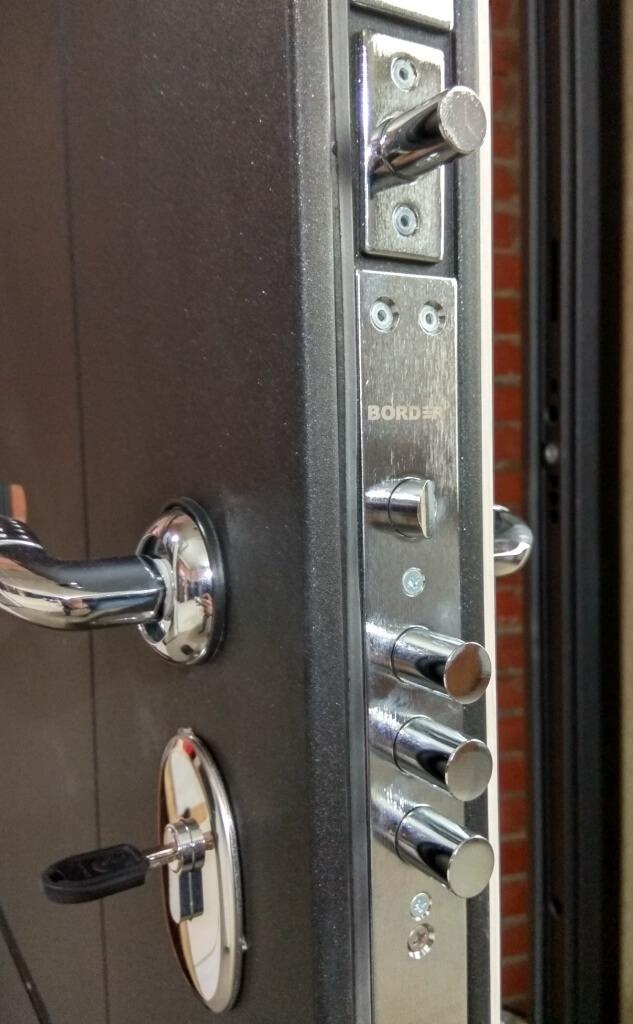 Двери Гарда Муар замковая часть