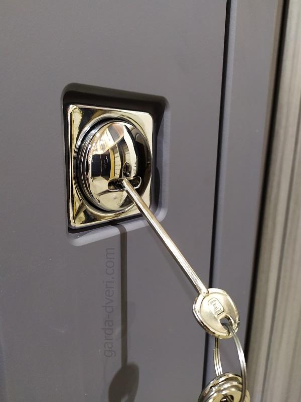 Гарда.Двери S18