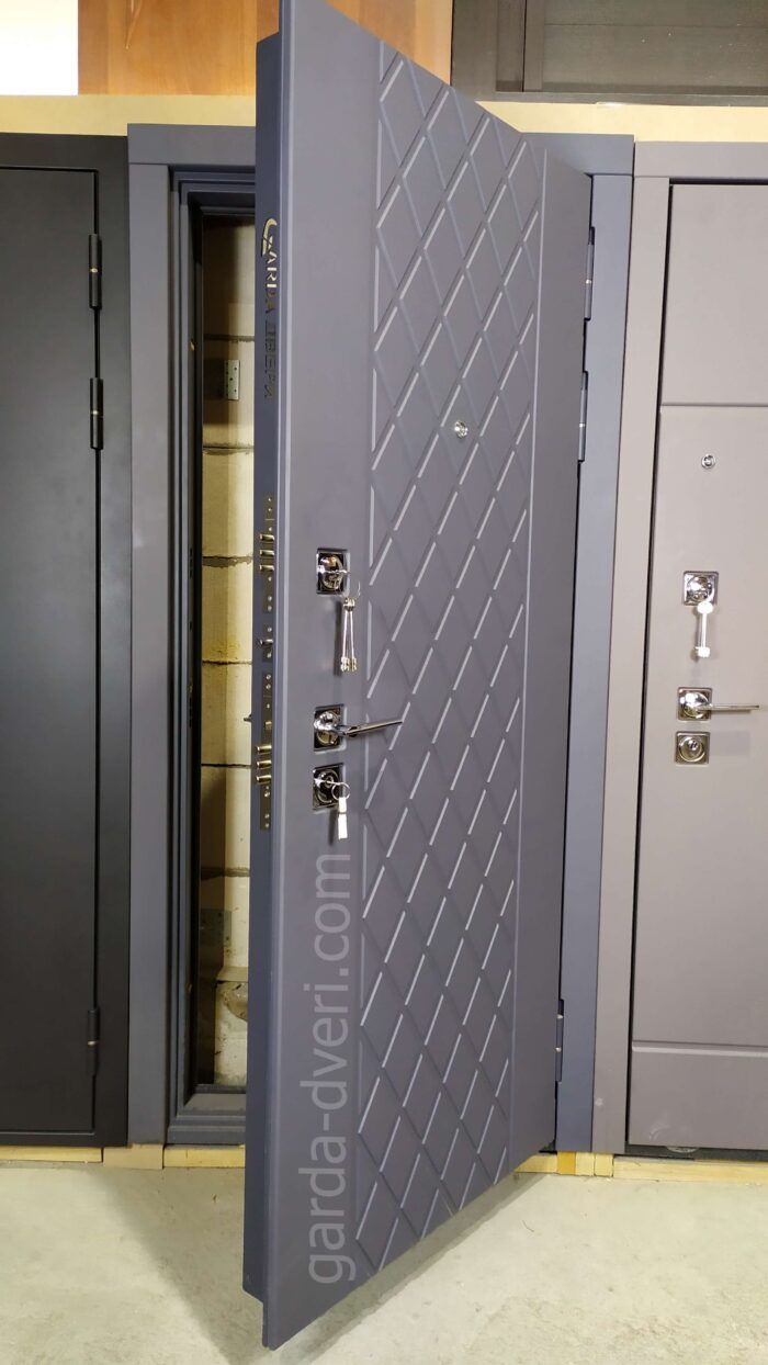 Гарда S18 вид спереди